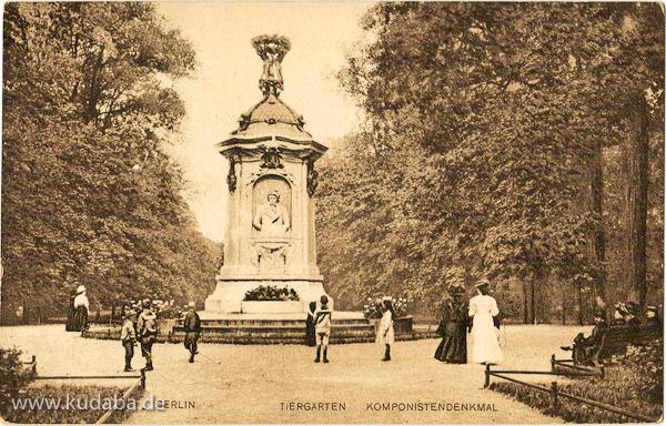 Historische Postkartenansicht vom Musiker-Denkmal im Großen Tiergarten in Berlin