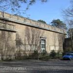 Ehemaliges Atelierhaus von Arno Breker im Käuzchensteig in Berlin-Dahlem von Hans Freese, Ausschnitt mit Mittelbau