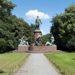 Bismarck-Nationaldenkmal am Großen Stern in Berlin-Tiergarten von Reinhold Begas, Gesamtansicht