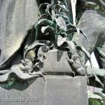 Gertrudendenkmal auf der Gertraudenbrücke in Berlin-Mitte von Rudolf Siemering von 1896, Detailansicht