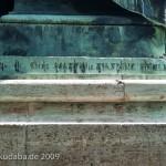 Roon-Denkmal am Großen Stern im Großen Tiergarten in Berlin von Harro Magnussen, Detailansicht der Standfigur