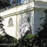 Denkmal Rüdiger von Ilgen in Berlin-Neukölln von Rudolf Siemering, Fernansicht
