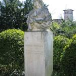 Denkmal Rüdiger von Ilgen in Berlin-Neukölln von Rudolf Siemering, Gesamtansicht