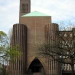 Kirche am Hohenzollernplatz in Berlin-Schöneberg von Fritz Höger, ein Bauwerk des Expressionismus von 1927-1933