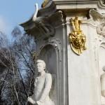 Musiker-Denkmal im Großen Tiergarten in Berlin-Tiergarten von Rudolf Siemering aus dem Jahr 1904, Detailansicht Mozart