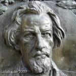 Porträtrelief von Gustav Pressel