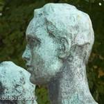 """Skulpturen-Gruppen """"Menschenpaar"""" von Georg Kolbe am Maschsee in Hannover, Detailansicht vom Männerkopf"""