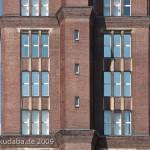 vZwischen 1922 bis 1925 von Eugen Schmohl in Berlin Tegel erbautes Verwaltungsgebäude der Borsig-Werke: der sogenannte Borsigturm