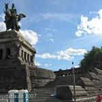 Das Reiterstandbild des Kaiser Wilhelm I. auf dem Deutschen Eck in Koblenz, Ansicht eines Ausschnittes
