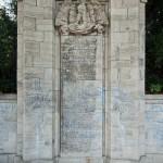 Gefallenendenkmal des Königin-Elisabeth-Garde-Regiments Nr. 3 von Eugen Schmohl von 1925 im Lietzenseepark in Berlin-Charlottenburg, Detailansicht