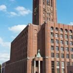 Ullsteinhaus in Berlin-Tempelhof nach Plänen von Eugen Schmohl, 1927 im expressionistischen Stil fertiggestellt, Ansicht mit Turm und mit der Ullstein-Eule von Fritz Klimsch