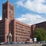 Ullsteinhaus in Berlin-Tempelhof nach Plänen von Eugen Schmohl, 1927 im expressionistischen Stil fertiggestellt, Ansicht der Fassade zum Mariendorferdamm hin