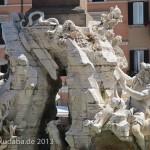 Vierströmebrunnen auf der Piazza Navona in Rom, Ansicht des Sockels