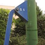"Schwengelpumpe in Berlin-Dahlem in der Straße ""Im Winkel"""