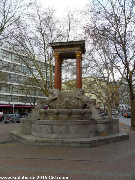 St. Georg-Brunnen in Berlin-Charlottenburg (4/41)